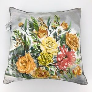 New 425 South LA Decorative Floral Pillow 20 x 20